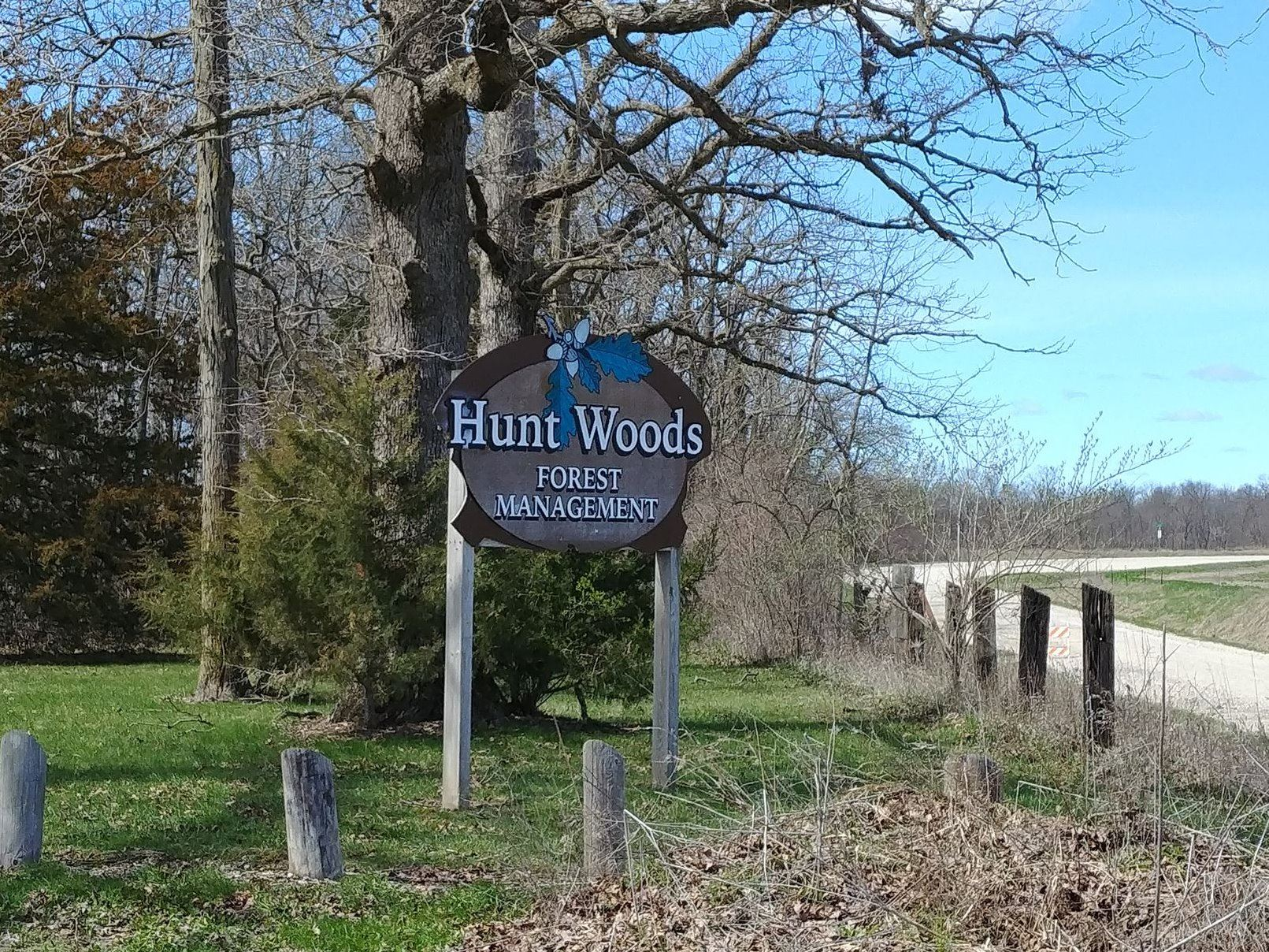 Hunt Woods Sign